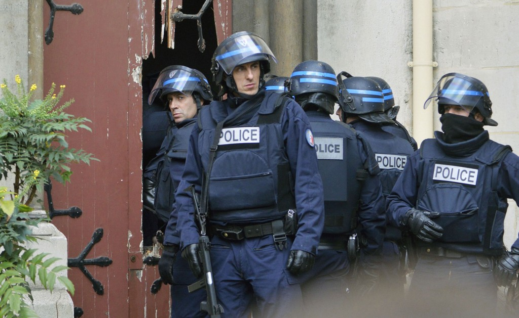 Paris-attacks-police-1