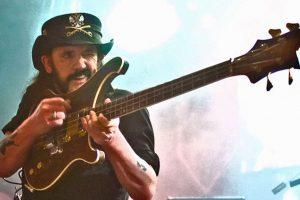 Lemmy-guitar1