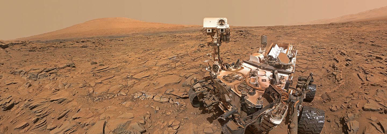 Curiosity-Mars-rover-selfie-at-Okoruso_NASA-JPL-Caltech-MSSS_crop