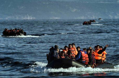 Greek-refugee-boat-Leros-Aris-Messins-AFP-Getty