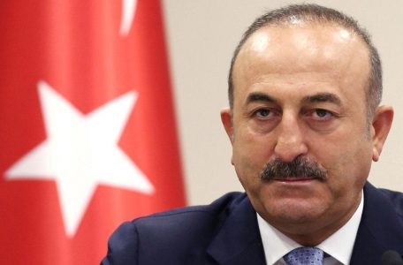 Mevlut_Cavusoglu_speaks_to_the_media_during_a_press_conference_i-xlarge_trans_NvBQzQNjv4BqoOyv4xnU4u4E2vOL4_IJdDBOzqY-5WaIXOUncweP3T4