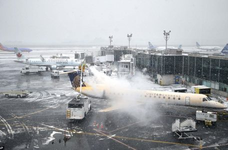 winter-weather-new-york-airport