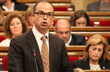 Jordi_Turull_a_la_sessió_de_control_del_Ple_del_Parlament
