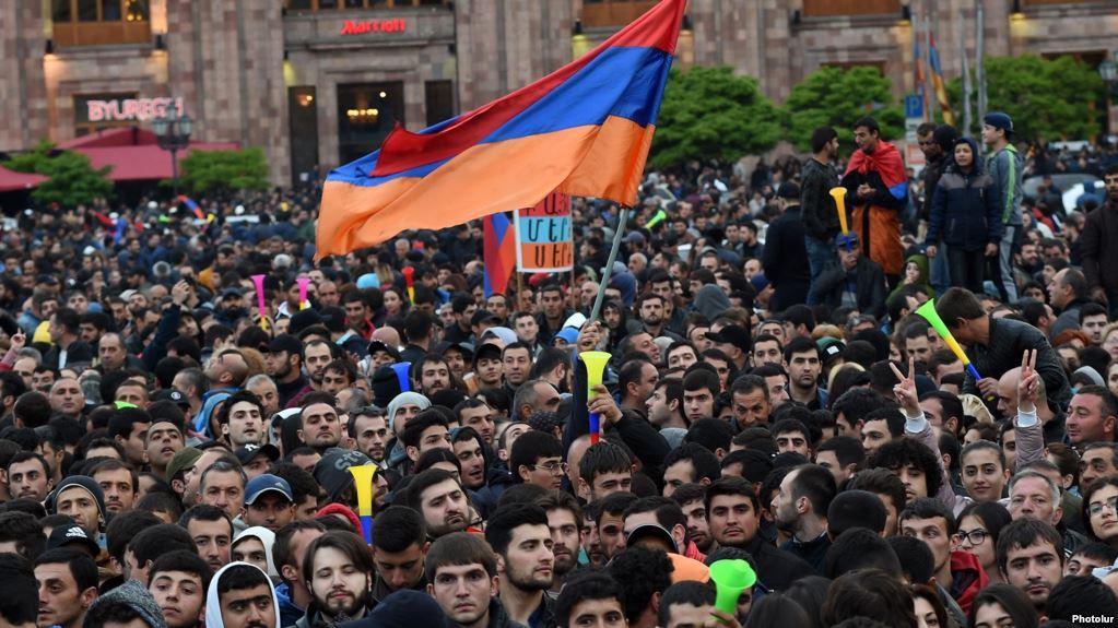 Αρμενία: Το κοινοβούλιο θα εκλέξει τον νέο πρωθυπουργό την 1η Μαΐου