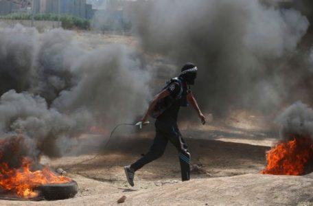 Palestinian demonstrator gaza